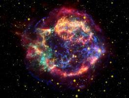 難得一見! 仙后座出現新星 簡單的雙筒望遠可見