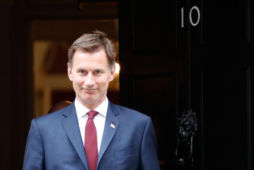 英國外交部周三(6月26日)再次重申,1984年簽署的《中英聯合聲明》具有國際效力,英國會繼續捍衛對香港的立場。(TOLGA AKMEN/AFP/Getty Images)