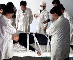被劫入精神病院 近七旬老人再遭藥物迫害