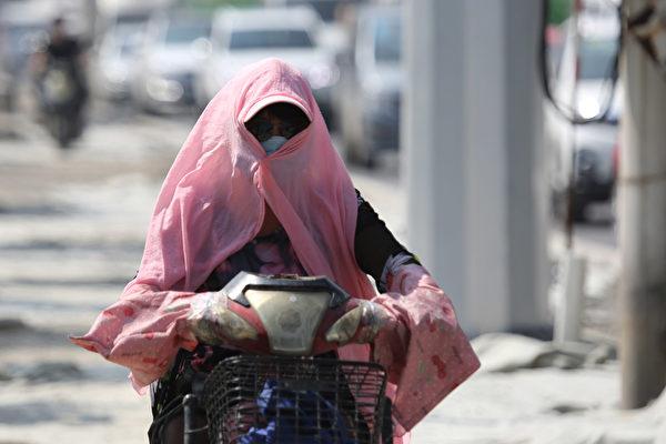 2020年6月8日,北京最高氣溫達到今年以來最高值,衝上微博熱搜。北方多地氣溫破40℃,局地發乾旱預警。圖為資料圖。(大紀元資料室)