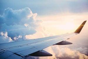 中共肺炎傳播 在機場和飛機上如何做才安全