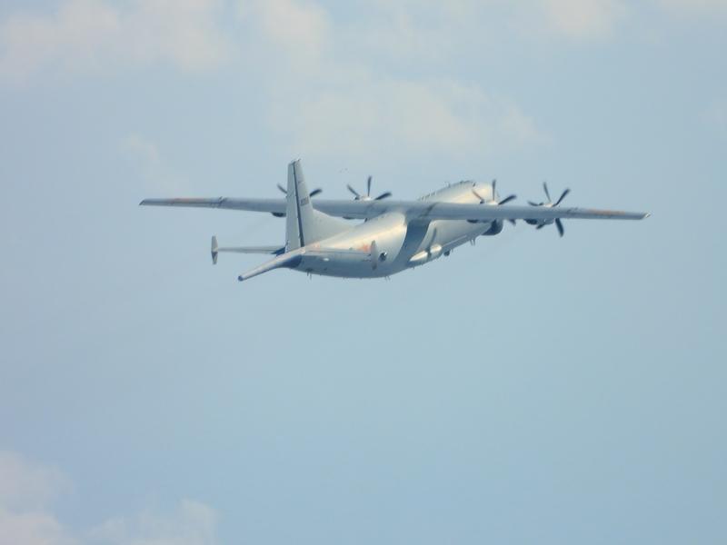 中華民國空軍司令部公佈2020年10月3日中共有運8反潛機1架次進入台灣西南防空識別區,空軍除派遣空中巡邏兵力應對,進行廣播驅離外,並實施防空導彈追監。(國防部提供)