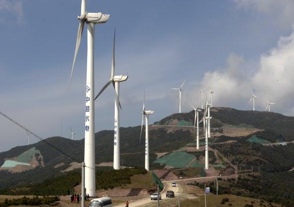 雲南大理的風力發電設施。(LIU JIN/AFP/Getty Images)
