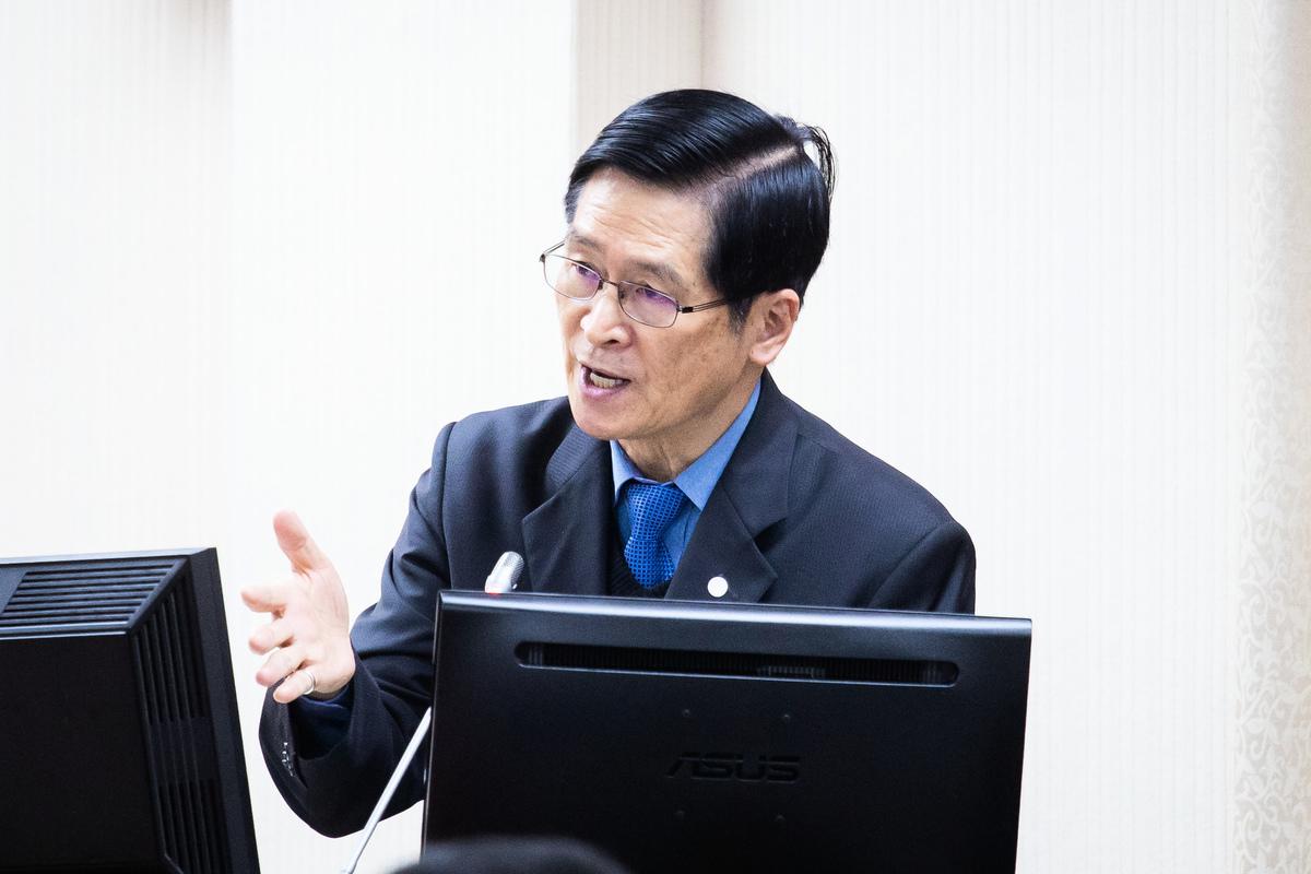 中華民國國防部長嚴德發2020年5月29日表示,中共一直不放棄武力犯台,使台海情勢日趨嚴峻,資料照。(陳柏州/大紀元)
