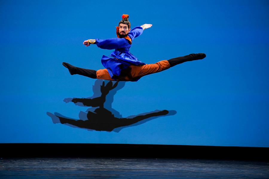 【圖攝】:中國古典舞大賽青年組金獎得主風采