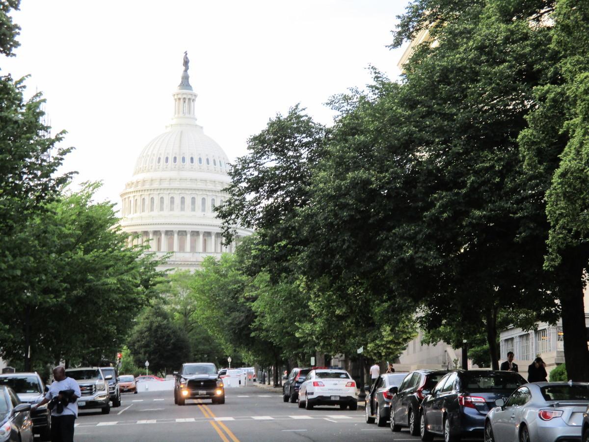 美國又有多位聯邦議員就香港《逃犯條例》發聲,要求香港特首停止修訂《逃犯條例》。圖為美國國會山。(李辰/大紀元)