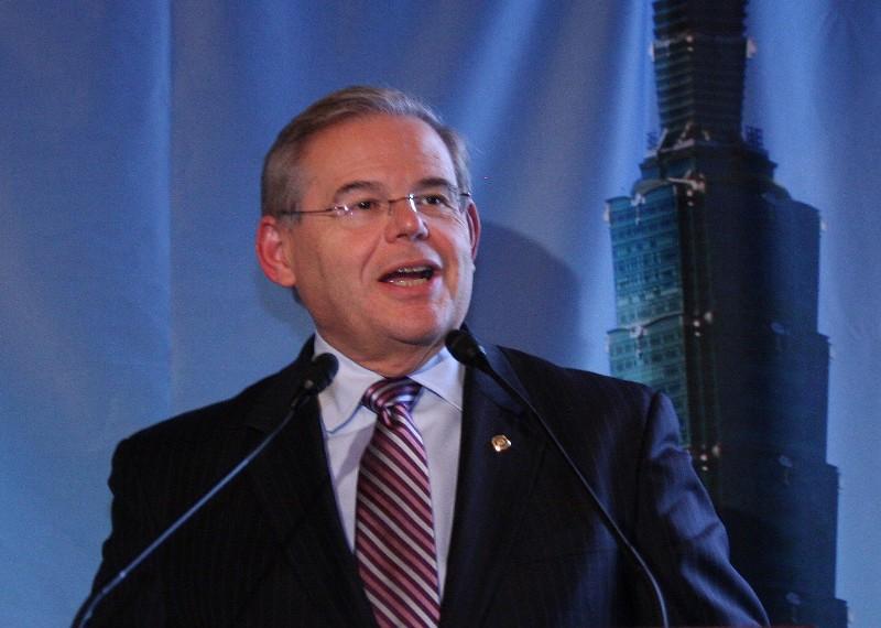 美國新澤西州的聯邦參議員羅伯特‧梅嫩德斯(Robert Menendez)。(麗莎/大紀元)
