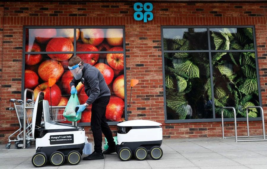 疫情下 機械人送貨上門 需求激增