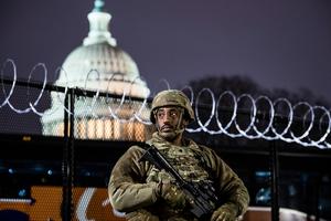 組圖:國民警衛隊進駐美國會 進入戰備狀態