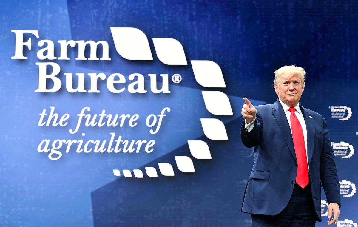 1月19日,特朗普表示,與中國簽署的初步貿易協議將為農民帶來福音,並感謝農民的堅持,此前因中共針對農民的報復性關稅,他兩次不得不向美國農民發放補助。(Nicholas Kamm / AFP)