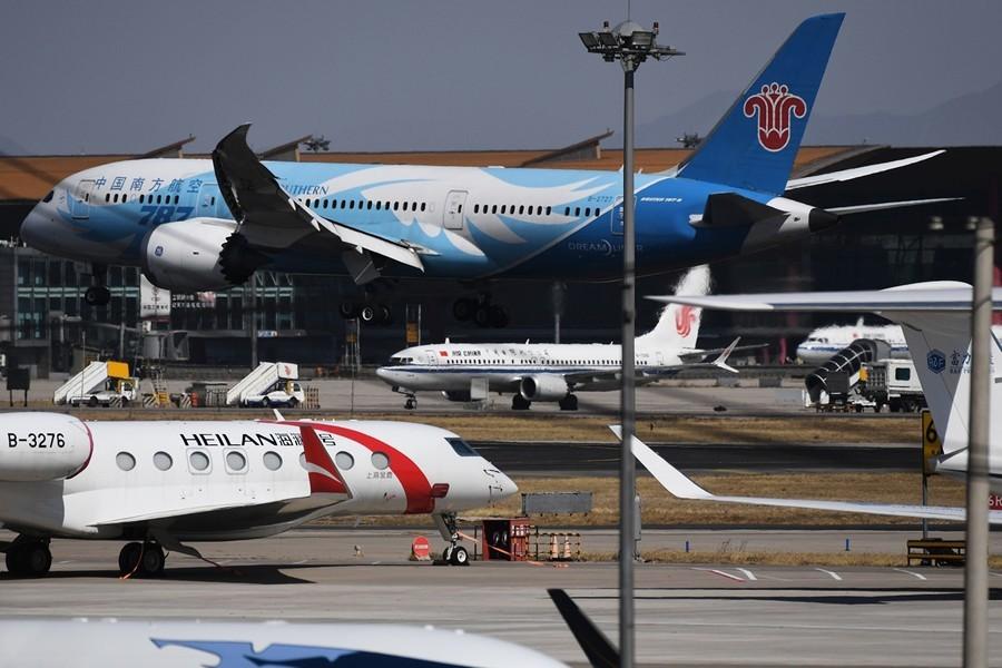 中國航空業連續3年巨虧 專家分析背後原因