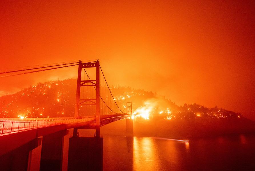 熊熊野火肆虐美西三州 逾八死包括一歲嬰兒