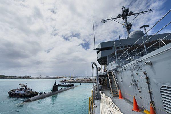 2020年5月11日,美國印太司令部公佈,美軍一艘洛杉磯級攻擊潛艇亞歷山大號(SSN 757)準備從關島的阿普拉港出發。美軍潛艇部署一般是軍事機密。(美國海軍)