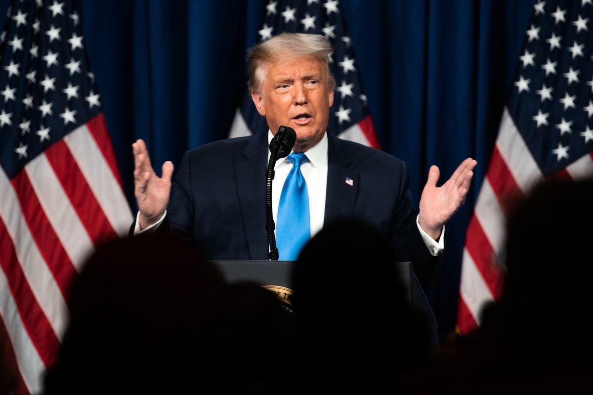 8月24日,美國總統特朗普來到北卡羅來納州的夏洛特,在共和黨大會上講話。(JESSICA KOSCIELNIAK/POOL/AFP via Getty Images)