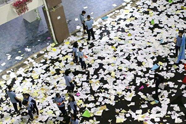顏丹:中小學生網購「寫字機械人」多悲哀