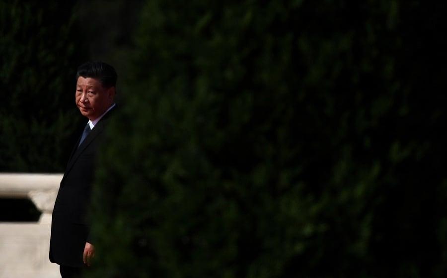楊威:中共政權再連遭重擊又被迫收斂