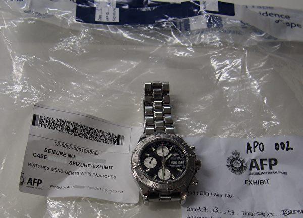 聯邦警方沒收參與稅務欺詐案主犯的財產、汽車和奢侈品。(AFP)