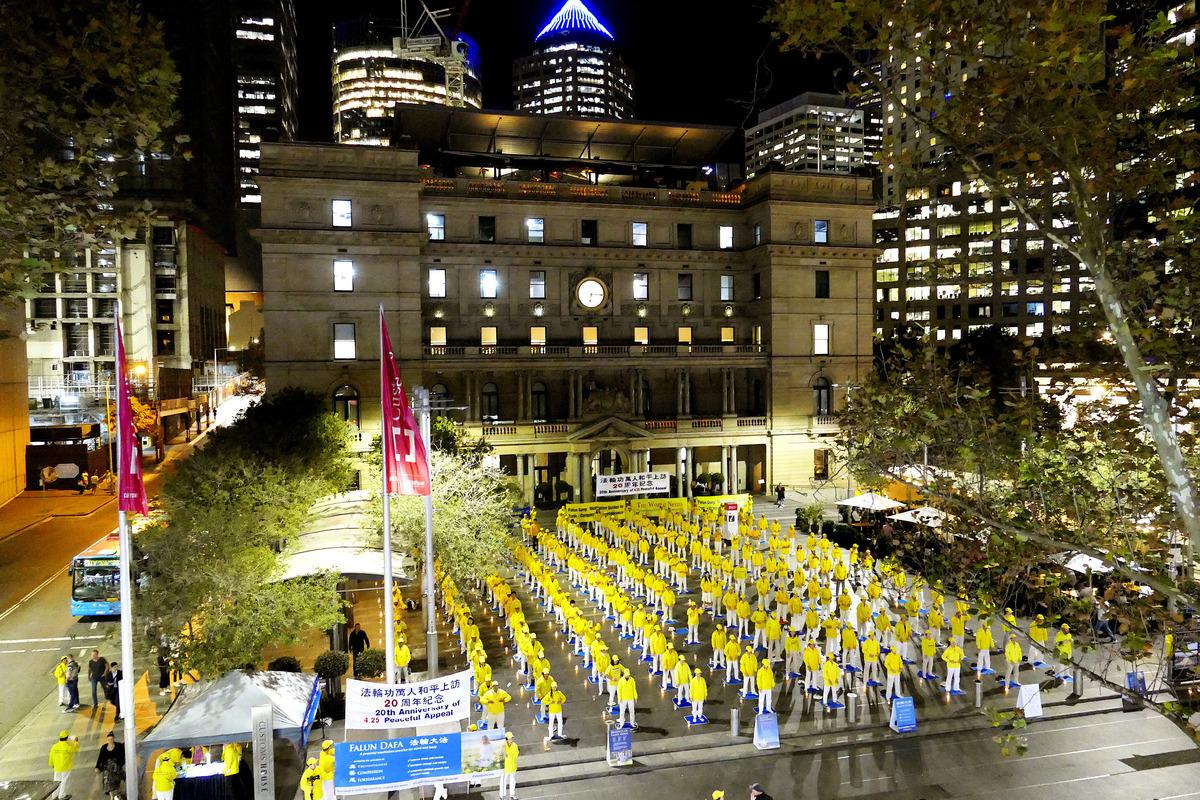 4月24日至25日,悉尼法輪功學員舉行系列活動,紀念法輪功學員「四二五」和平上訪事件20周年。(安平雅/大紀元)