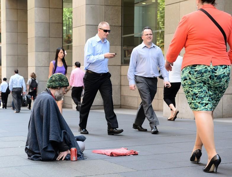 每日進帳數百澳元 中國假乞丐墨爾本被捕