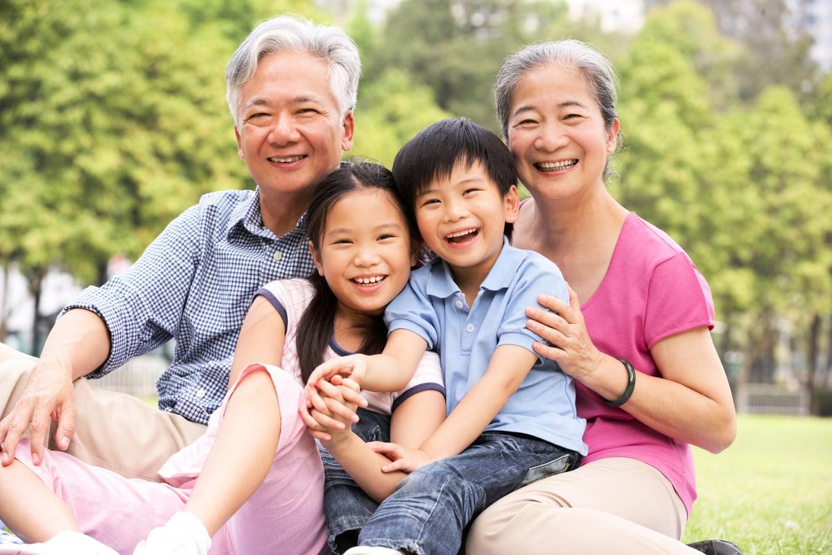 2021年父母及祖父母移民計劃,加拿大聯邦政府仍將採用抽籤的形式,決定誰可以提交申請,名額高達30,000個。(Shuttertock)
