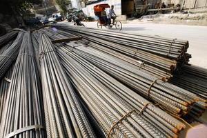一噸鋼換不到3斤肉 大陸鋼材產品利潤下跌81%