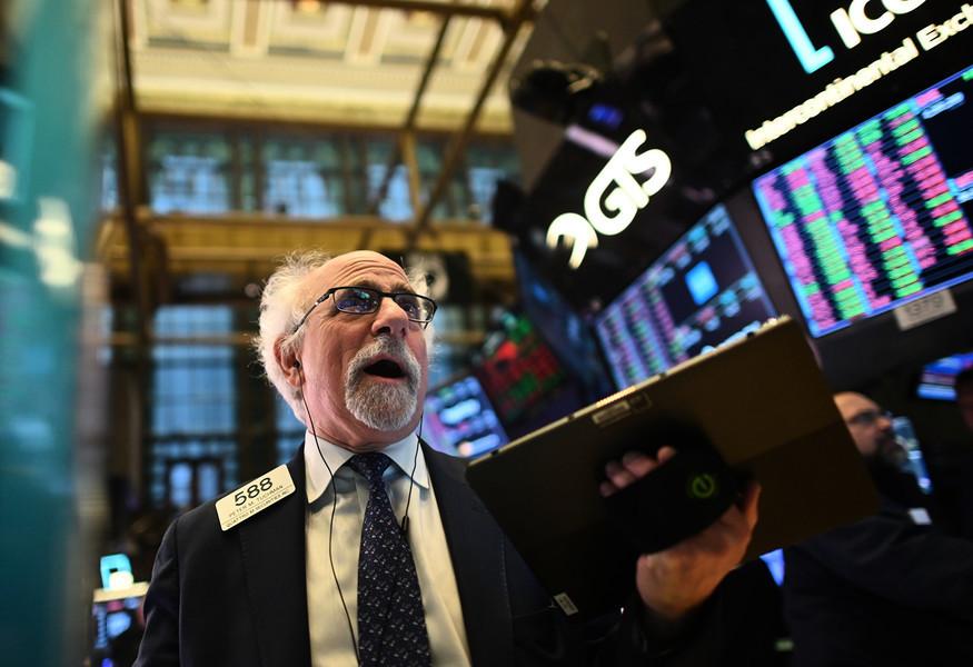 投資者聚焦經濟重啟 美股收紅道指漲455點