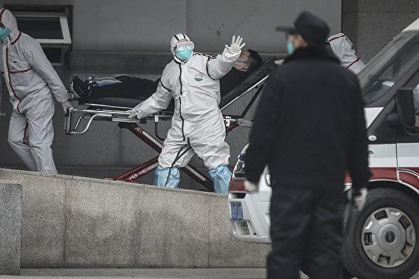 5月10日,白宮貿易顧問納瓦羅(Peter Navarro)接受媒體採訪,當被問及目前對中共病毒(俗稱武漢病毒、新冠病毒)及其起源知道哪些時,他表示,我們知道,零號病人在中國,在武漢出現。圖為疫情爆發時的武漢金銀潭醫院。(CHINA OUT/Getty Images)