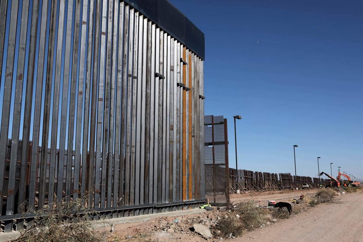 阻止非法移民的美墨邊境牆的一部份。(HERIKA MARTINEZ/AFP via Getty Images)