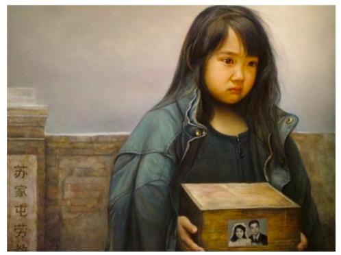 油畫《孤兒淚》,作者:董錫強。畫中的孩子捧著父母的骨灰盒,隱忍著淚水。父母雙雙被中共迫害致死。