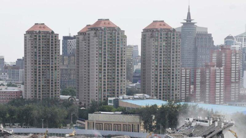 北京打擊學區房引發業主抗議 2地產經理人被刑拘