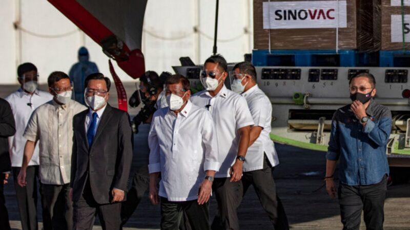 打走私中國疫苗 菲律賓總統衛隊126人中招