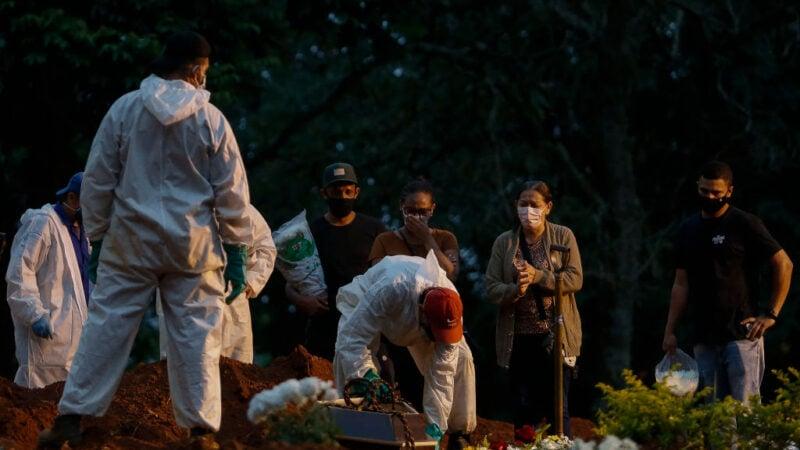 疫情嚴酷 巴西4月至今近7萬人染疫不治