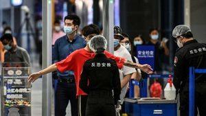 中國民眾出國難 網傳有護照機場被剪