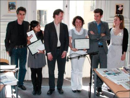 左二起:一等獎獲得者Agnes Bun、《華爾街日報》代表、奧赫特佳、記者無疆界秘書長。(攝影:章樂/大紀元)