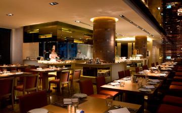 銅鑼灣皇冠假日酒店1F 餐廳
