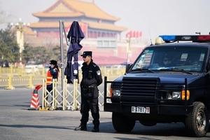 中共兩會如臨大敵 在京數千訪民遭大搜捕