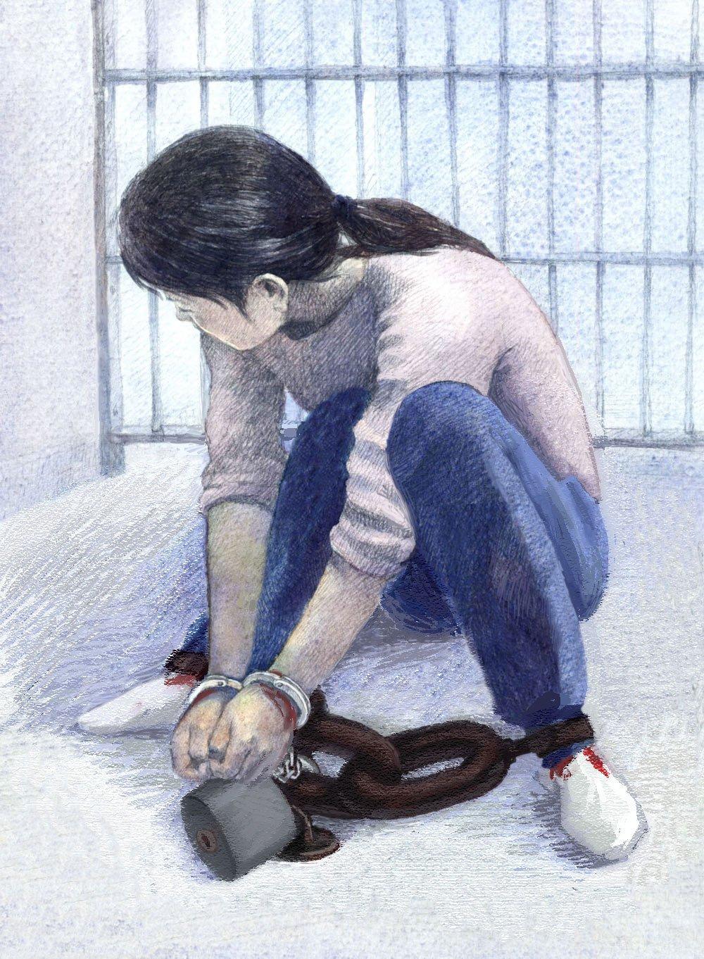 酷刑示意圖:鎖地環(明慧網)